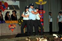 hpfixgal_fire_dancer_polizei_tanz_2006_nr_8_07_03_2006_22_22_02